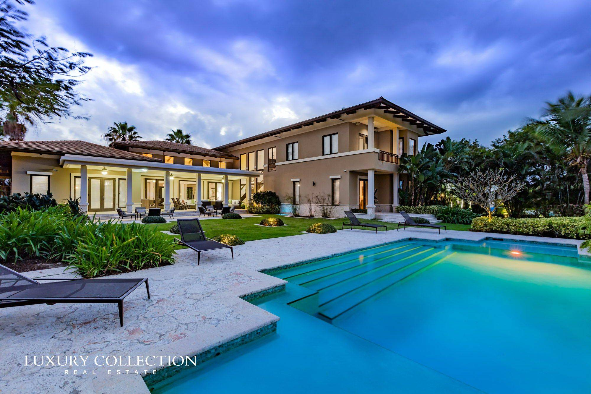 01 luxury collection bahia beach luxury collection real for Luxury home collection